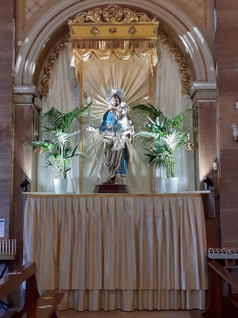 Allestimento per San Giuseppe nella chiesa omonima in Via Garibaldi